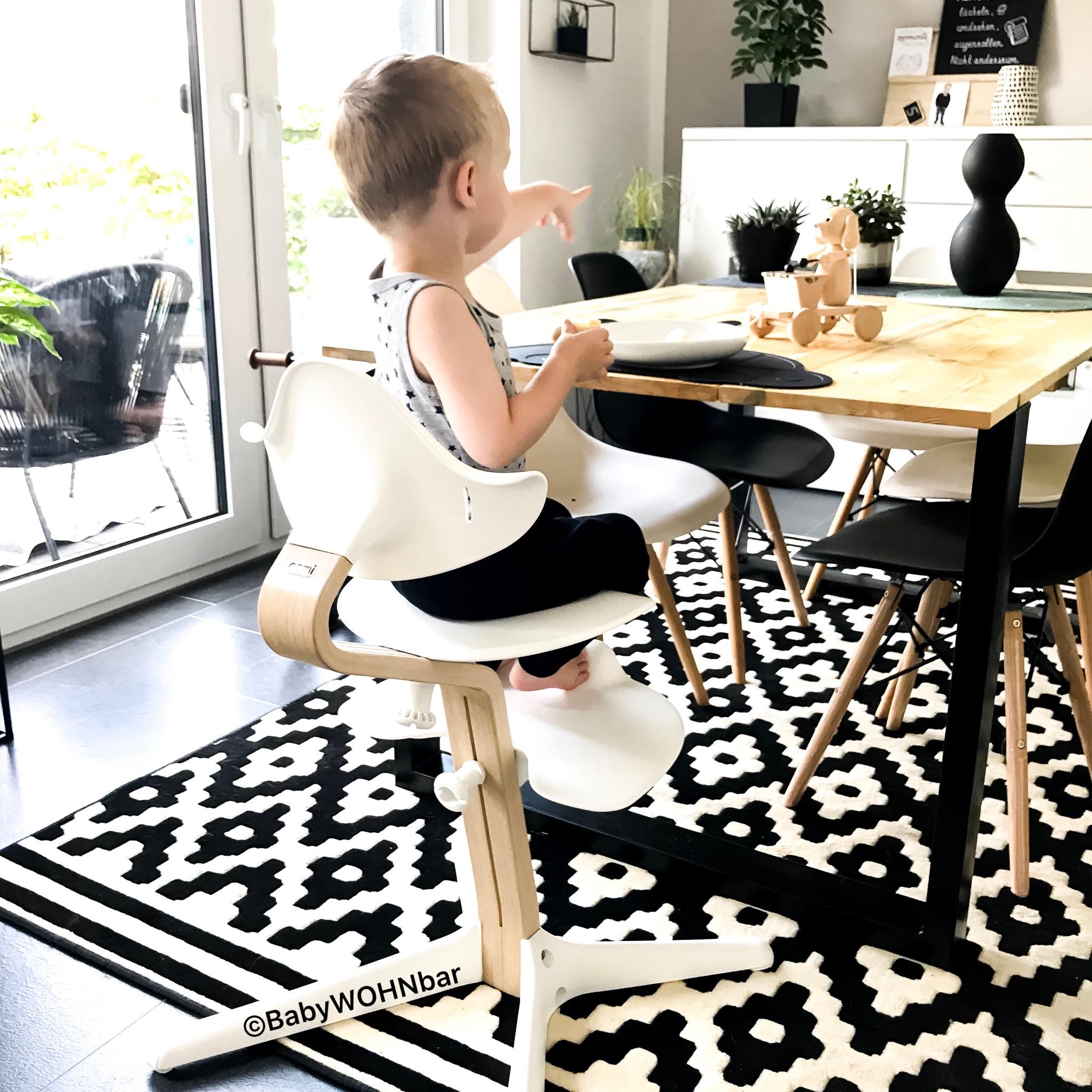 Diy Esstisch Mit Metallkuven Und Holzbohlen Babywohnbar